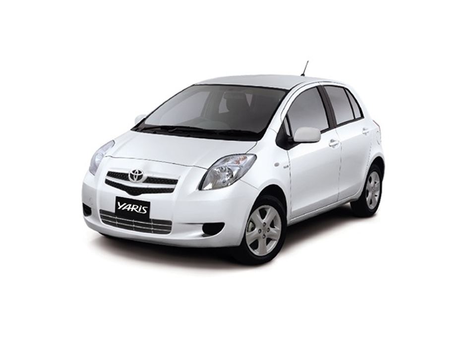 Toyota yaris hatchback_